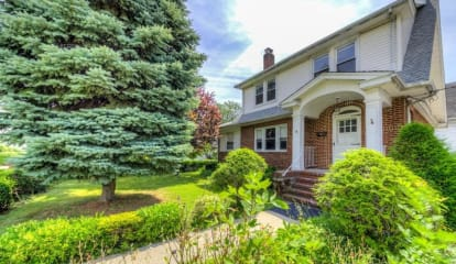 JUST LISTED: 4 Davis Avenue New Rochelle, NY 10805
