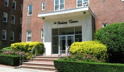 JUST LISTED: 43 Bronx River Road #4B Yonkers, NY 10704