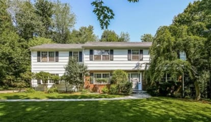 JUST LISTED: 83 Hawthorn Place Briarcliff Manor, NY 10510