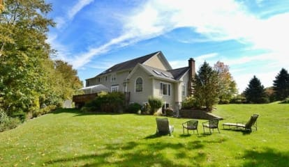 FEATURED LISTING: 50 Abbey Road Easton, CT 06612