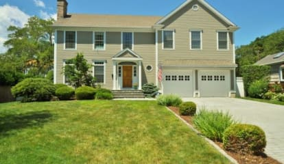 FEATURED LISTING: 86 Judson Road Fairfield, CT 06824