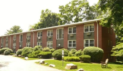 JUST LISTED: 4 Dove Court #X Croton-on-Hudson, NY 10520