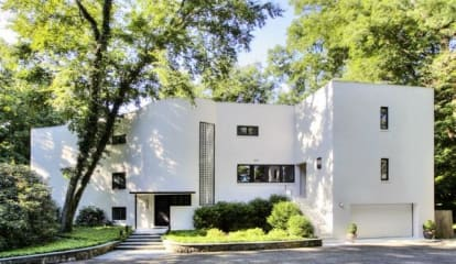 JUST LISTED: 27 Tory Hole Darien, CT 06820
