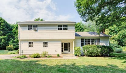 JUST LISTED: 104 Rivergate Drive Wilton, CT 06897