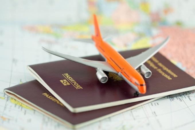 Какие документы собрать для загранпаспорта