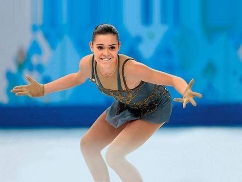 Новости дня: Олимпийская чемпионка Аделина Сотникова выходила на лед под угрозой полного паралича