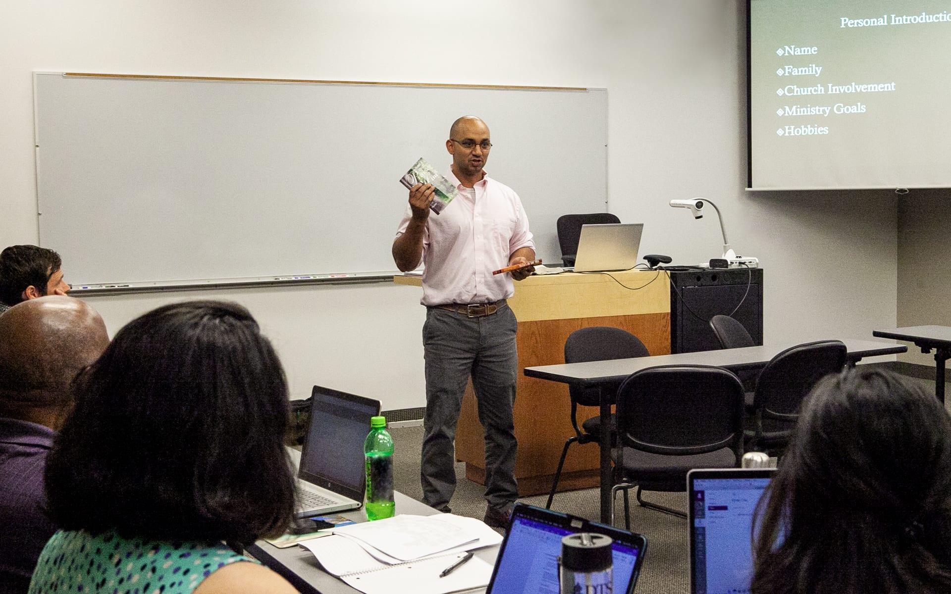 Nate Hoff teaching a class