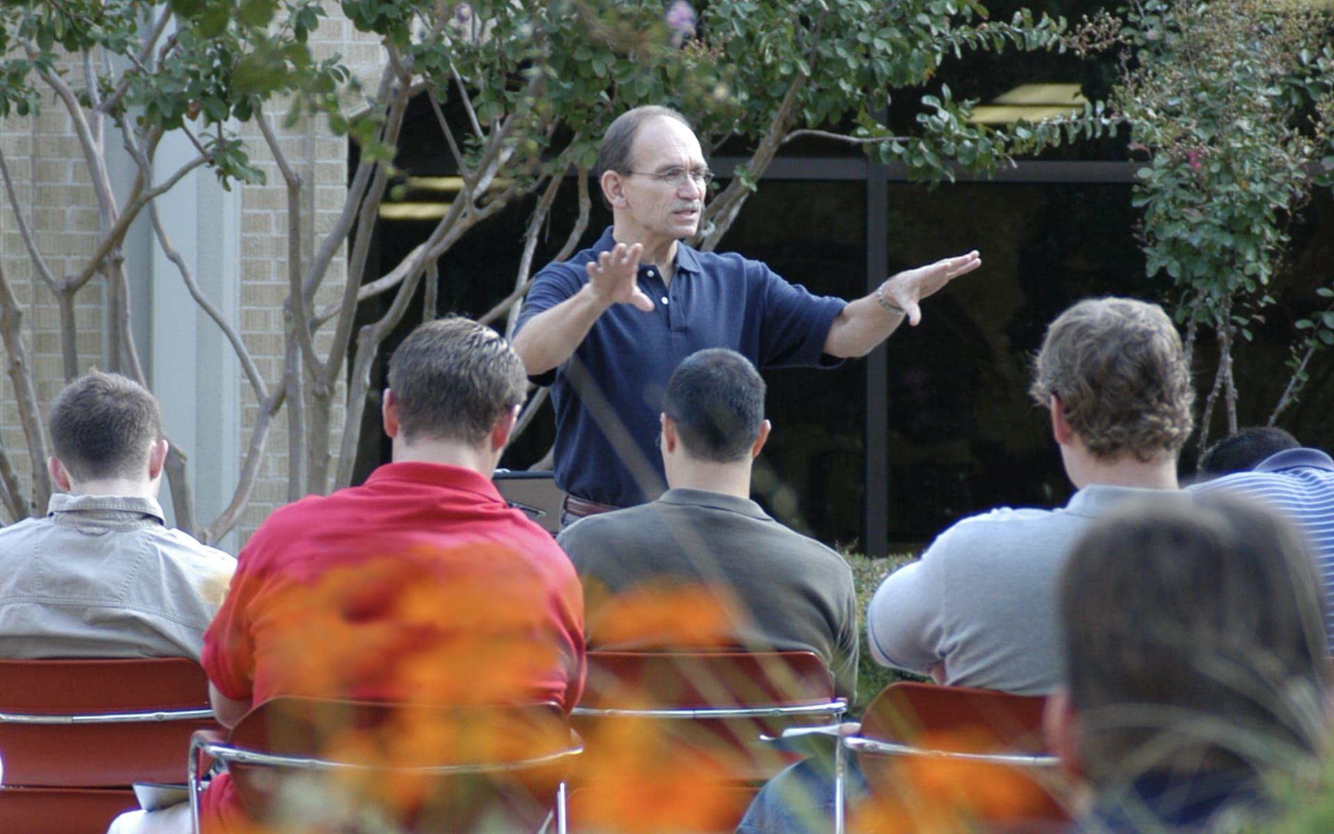 Dr Horell teaching a class outside