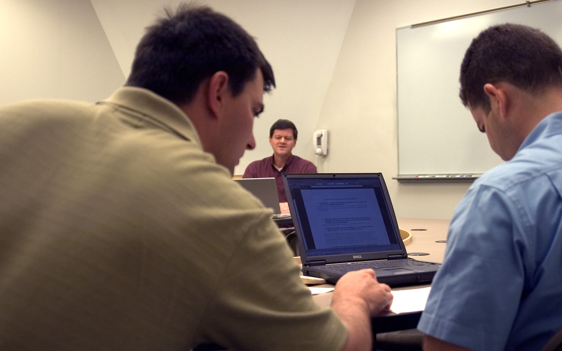Dr Fanning teaching a class