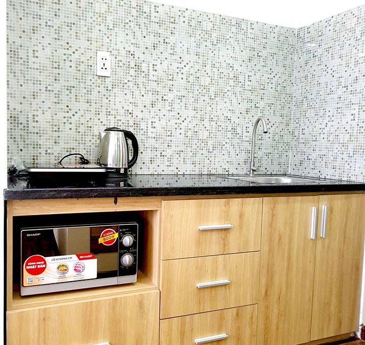 Efficiency Apartment Rent: Studio Apartment With Swimming Pool