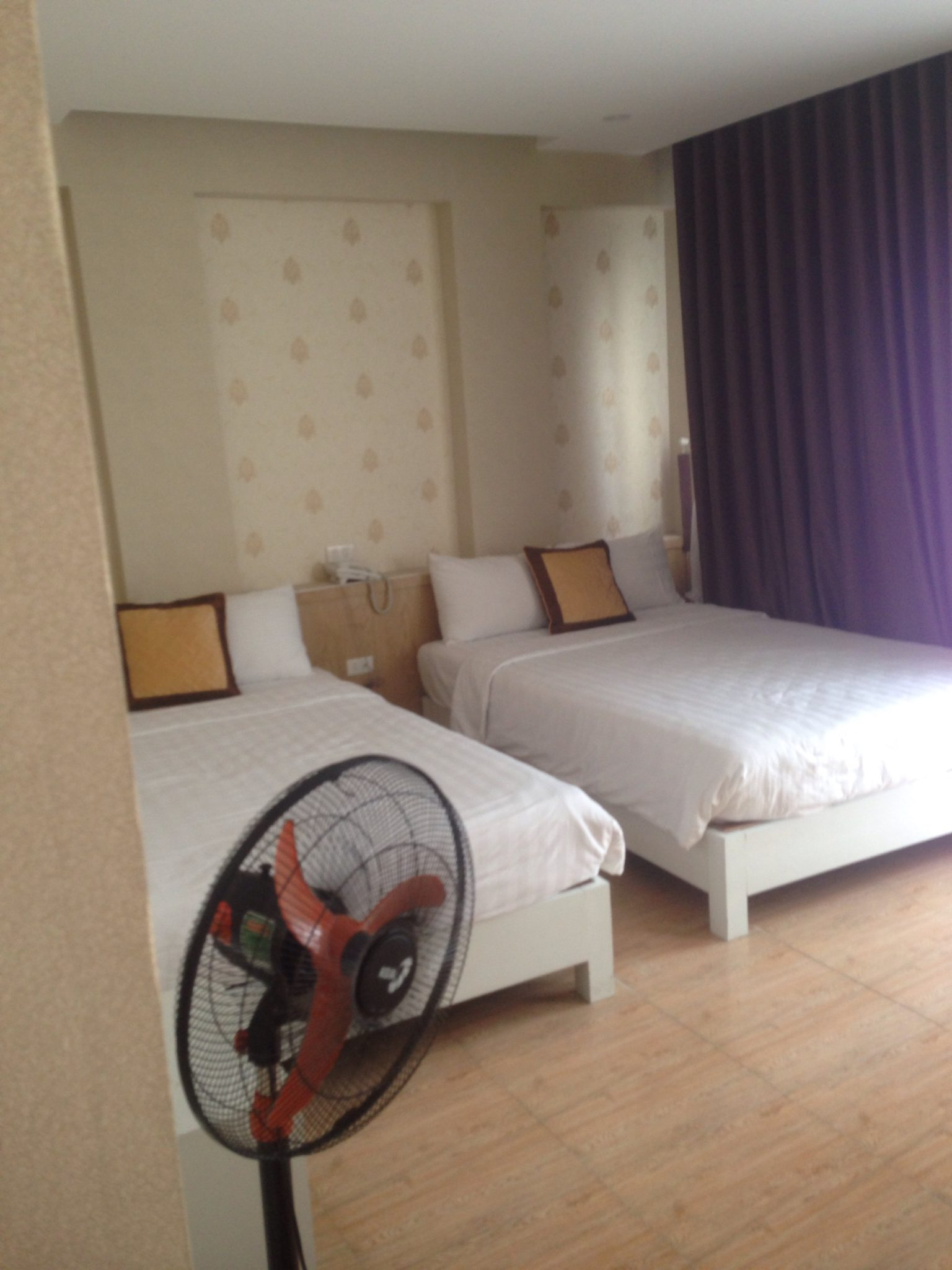 Hotel in My Khe beach for rent