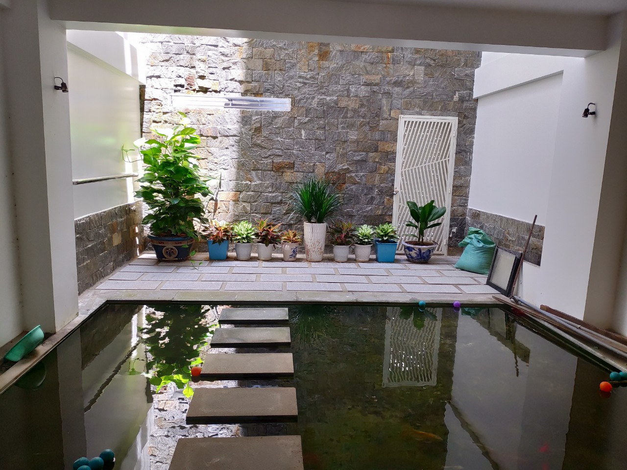 SPACIOUS JAPANESE – ASIAN DESIGNED 2 BEDROOM HOUSE WITH FISH POND IN MY AN  🍂NHS.H.B0036