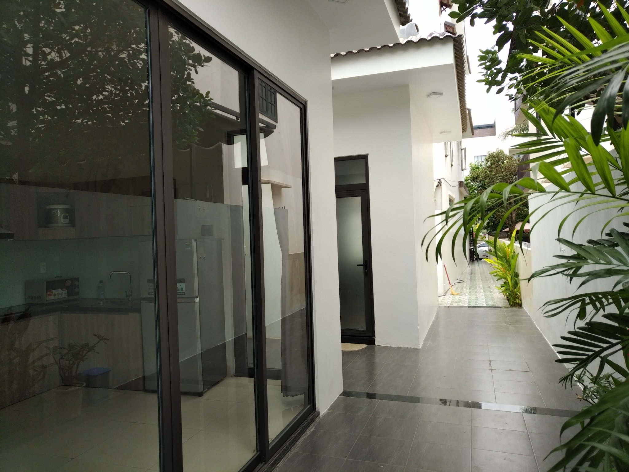 SPACIOUS 2 BEDROOM HOUSE FOR RENT IN THE NICEST AREA OF NGU HANH SON  NHS.H.B0074