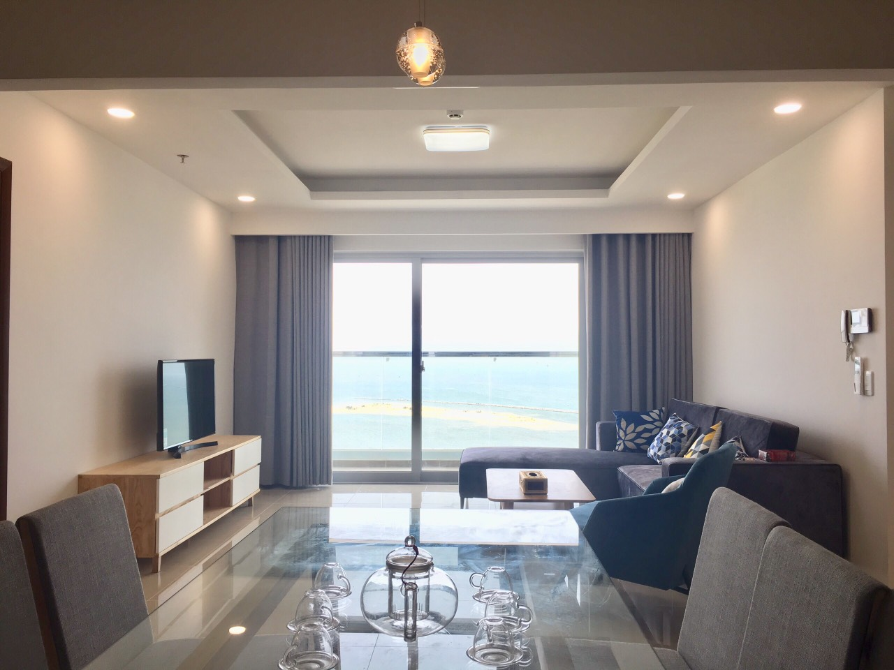 3 BEDROOM APARTMENT WITH GREAT VIEW FOR RENT IN BLOOMING TOWER   HC.A.B0070