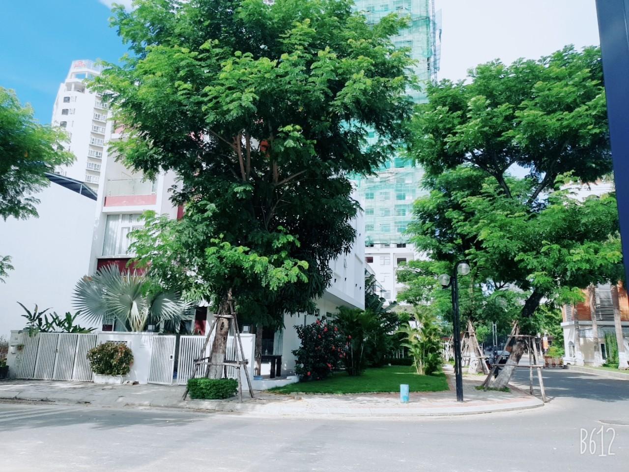 APPEALING 4 BEDROOM HOUSE FOR RENT IN EURO VILLAGE, DA NANG  EV.H.B0056