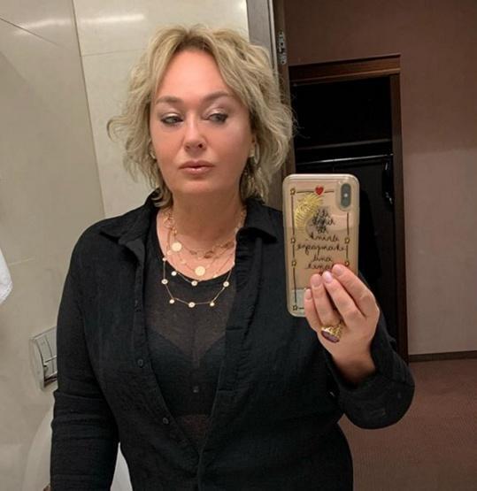 Лариса Гузеева из-за 56-летнего пластического хирурга чуть не выпрыгнула из трусов