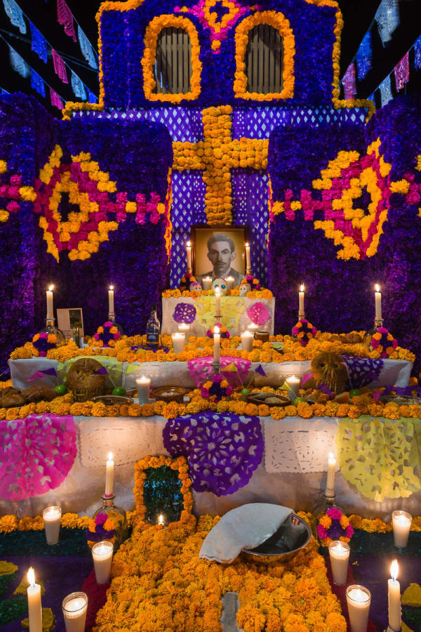 An elaborate altar in Ixtlahuacan de los Membrillos, Jalisco, Mexico, on the Day of the Dead.