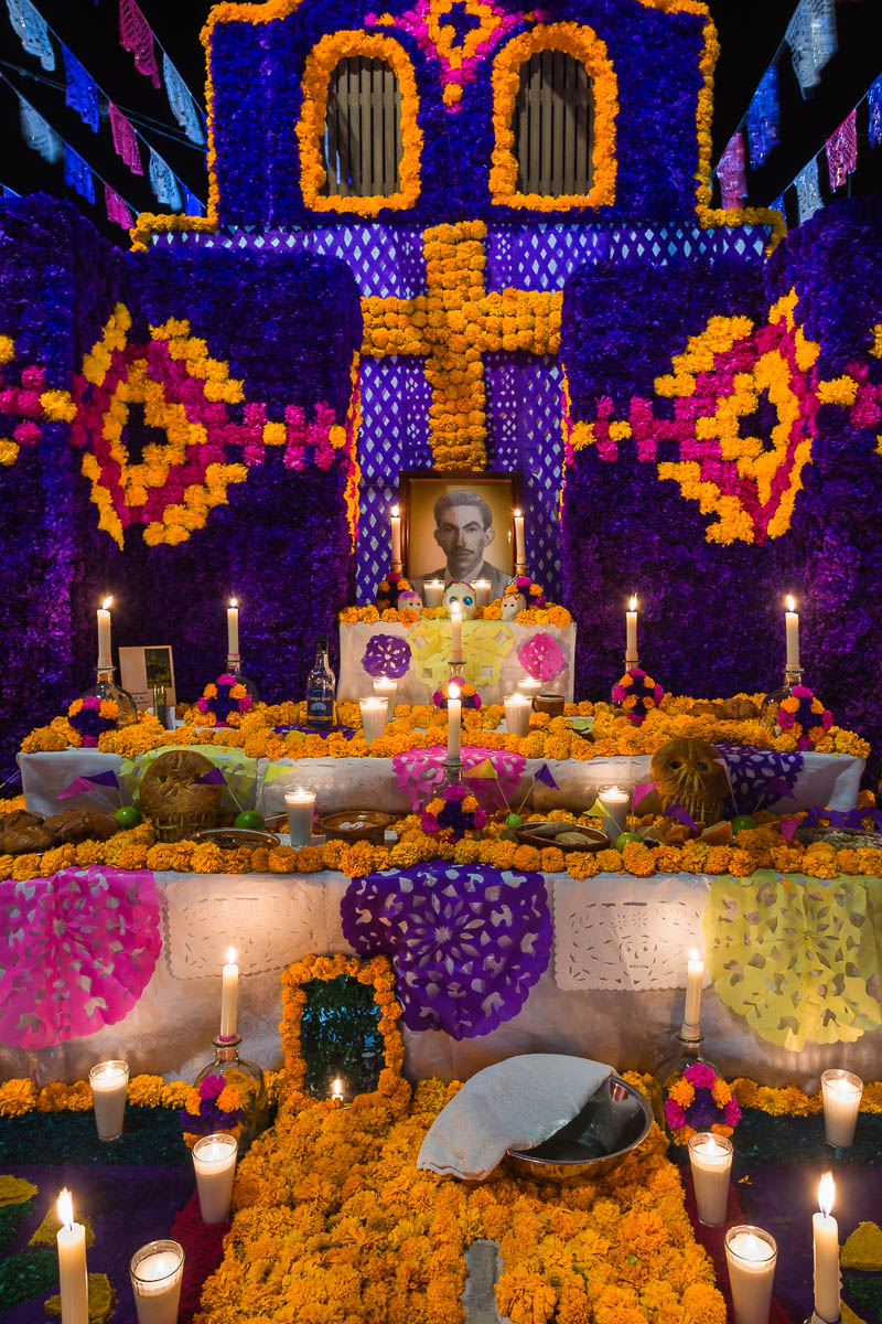 An elaborate altar in Ixtlahuacan de los Membrillos, Jalisco, Mexico, on the Day of the Dead.