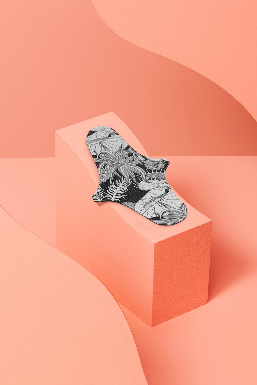 serviette hygiénique lavable en coton bio pour flux normal - flower tattoo