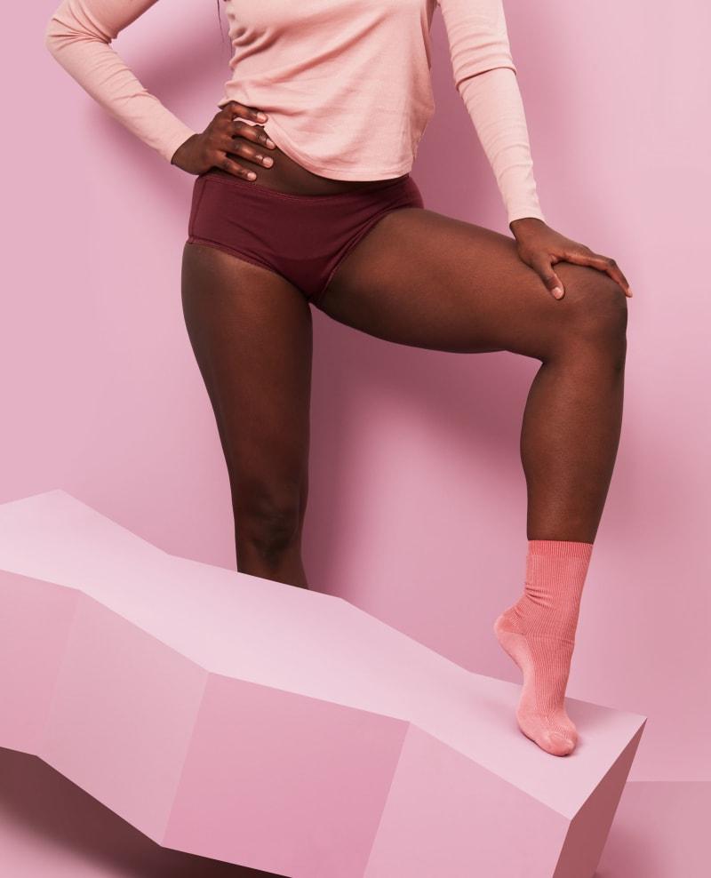 shorty menstruel uni bordeaux taille L pour flux normal - debout