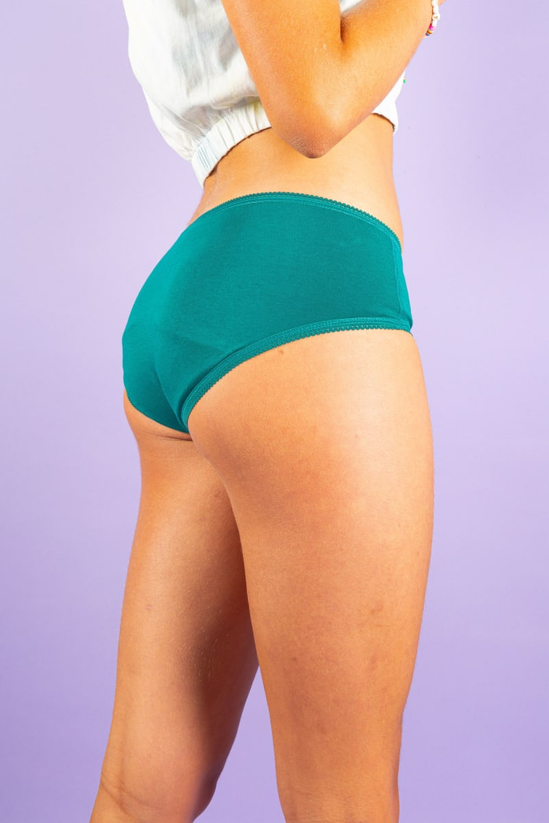 Culotte menstruelle pour les premières règles
