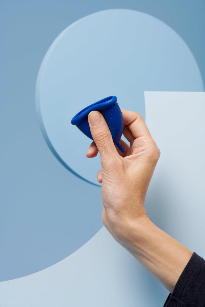 coupe menstruelle L bleu foncé pour flux abondant - 4