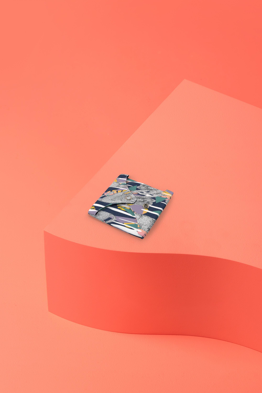 serviette hygiénique lavable en coton bio pour flux abondant - léopard - pliée
