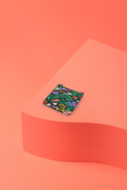 serviette hygiénique lavable en coton bio pour flux abondant - capucine - pliée