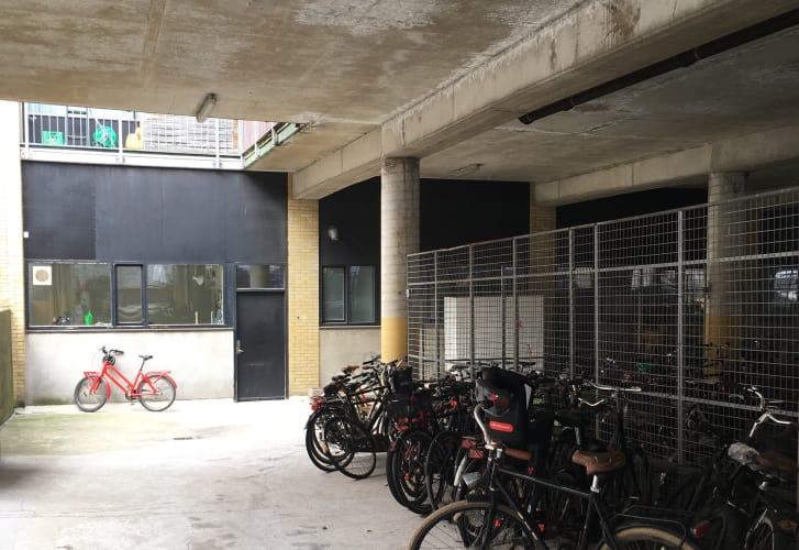 Nørrebro: 60 km2 studie eller kontor til 4-5 pers.