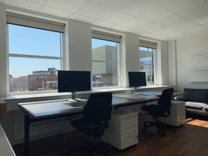 Lyst separat kontorlokale