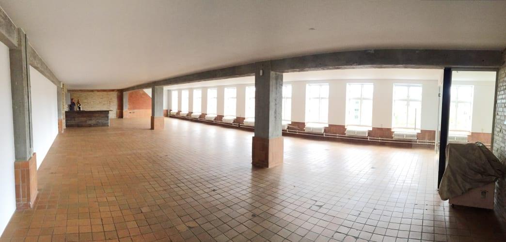 10m2 egen plads i kreativt atelier/kontor fællesskab