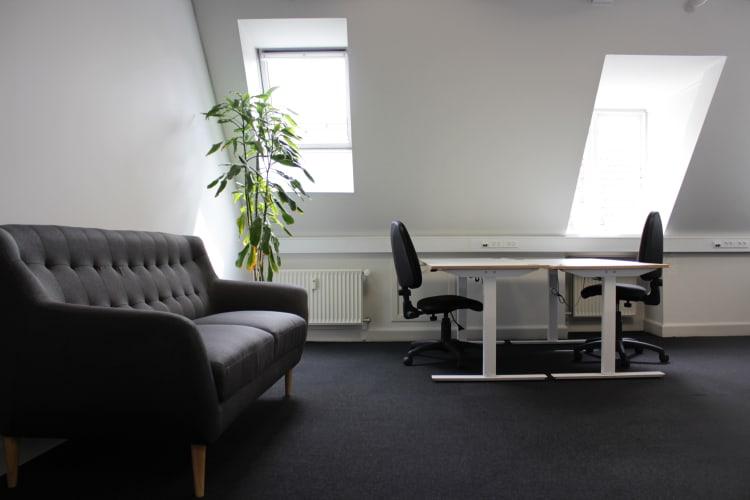 Stort privat kontor m. tagterrasse - 200m fra Rådhuspladsen