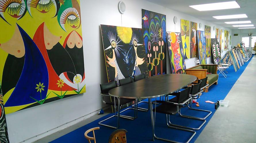 Er der nogle der har lyst, til fælles Kunsthåndværk og kunstmaler atelier her.
