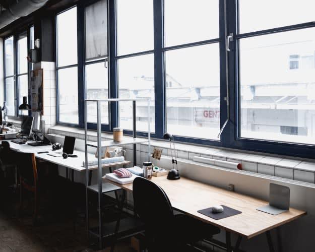 Kontorplads i kreativt fællesskab i Kødbyen.