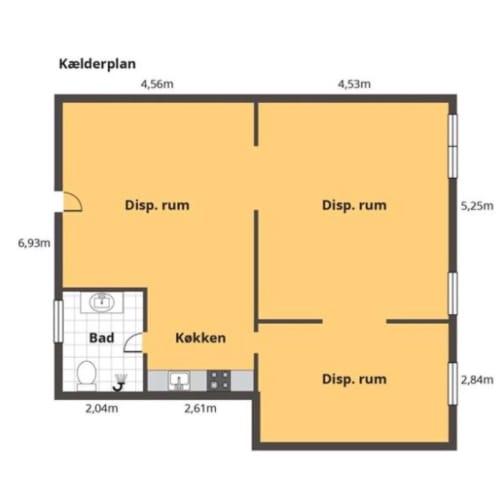 Lyst kontor i højt kælderplan, 85kvm, Nørrebro