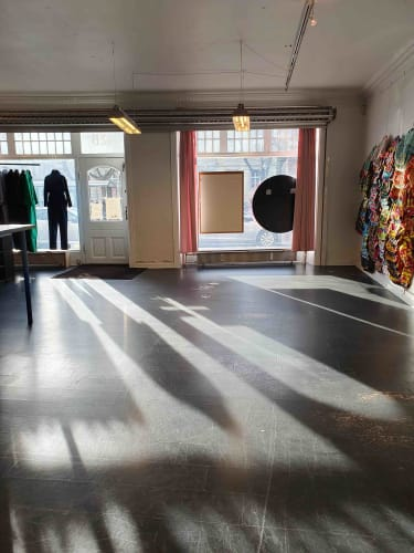 Skønt kontorfællesskab/butik på Frederiksberg Allé