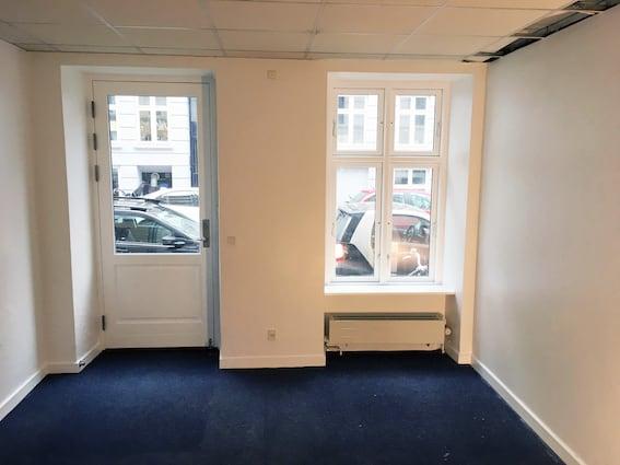 Helt nyt kontor/atelier fællesskab på Vesterbro + mørkekammer
