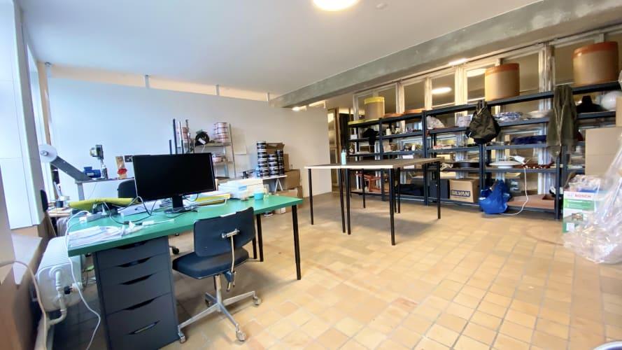 33m2 atelier/kontor i professionelt kreativt fællesskab