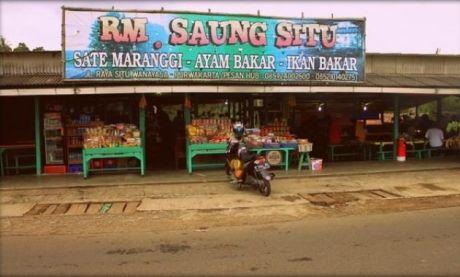 RM. Sasak Situ Wanayasa, tempat wisata kuliner malam purwakarta. (jejakpiknik.com/parlindungan)