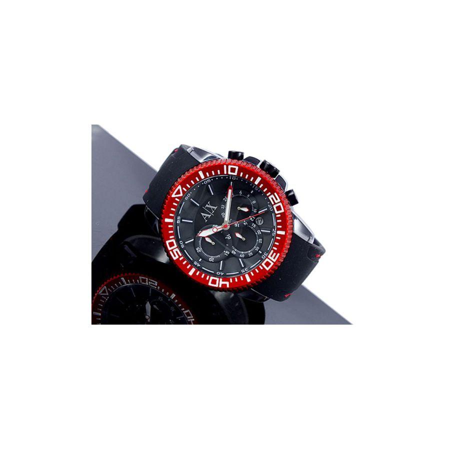 relógio masculino preto com detalhes em vermelho