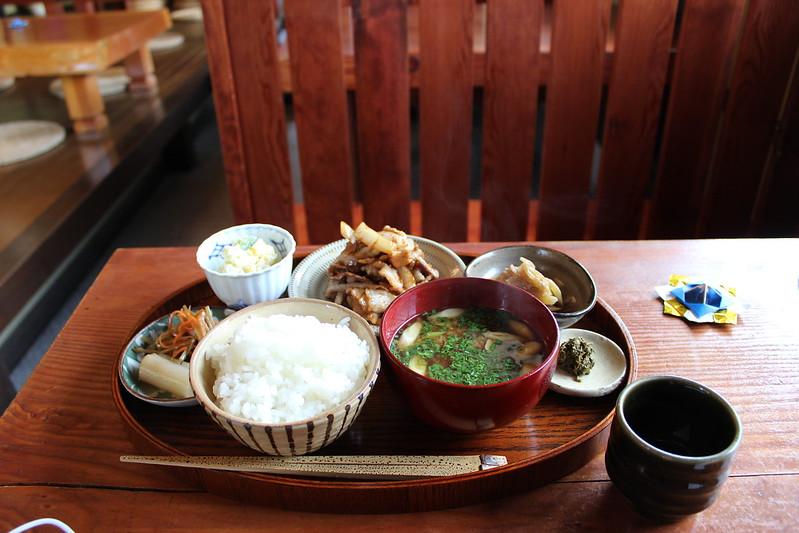 長寿庵 生姜焼き定食