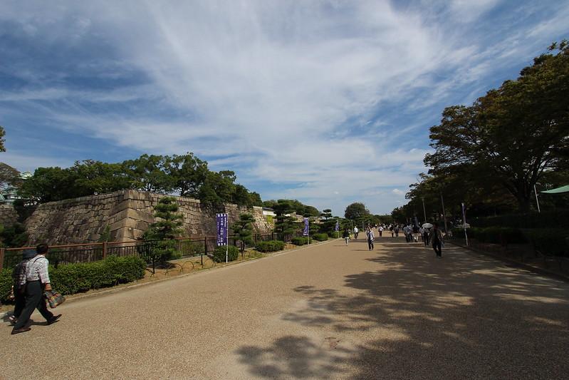 大阪城の本丸へ