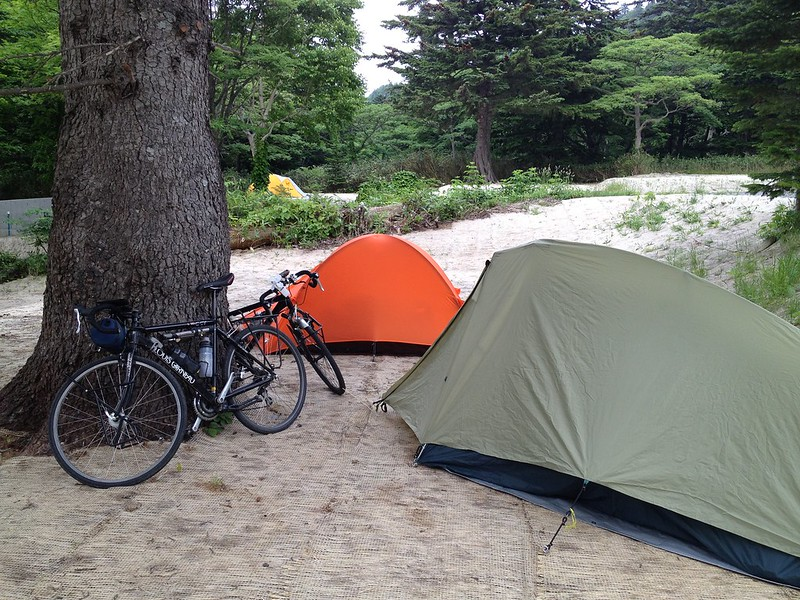 利尻北麓野営場にテント