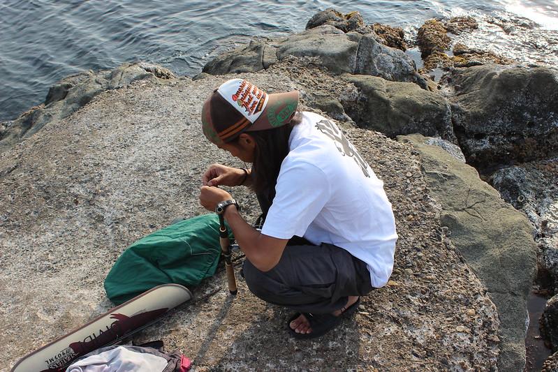 釣りをする野村さん その2