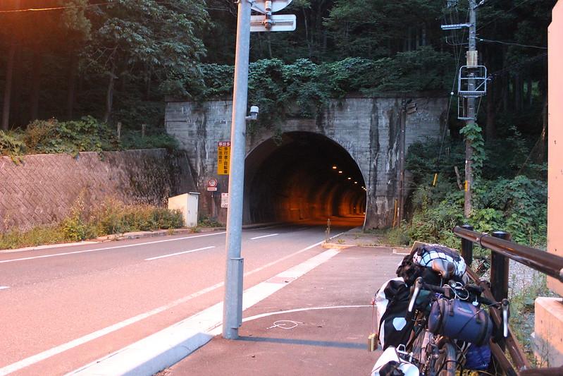 外沢トンネル 脱出