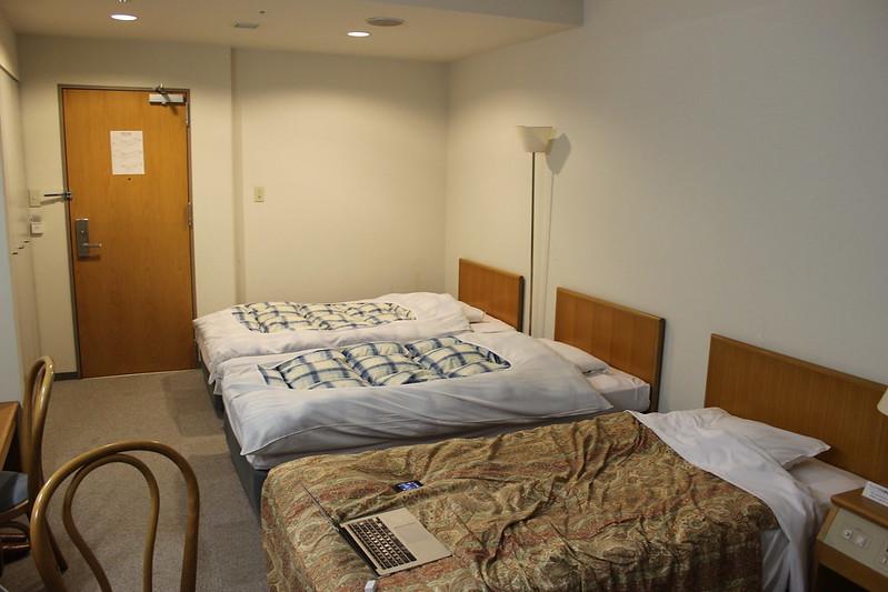 YHの部屋を一人占領