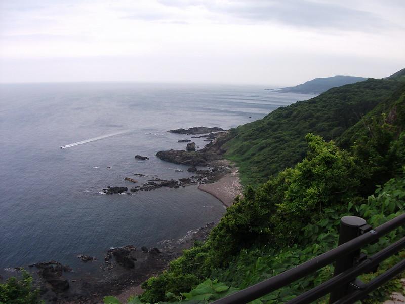 男鹿半島の上り坂からの景色