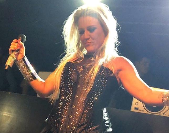 «В целом я в порядке»: У немецкой певицы Натали Хорлер диагностирован коронавирус