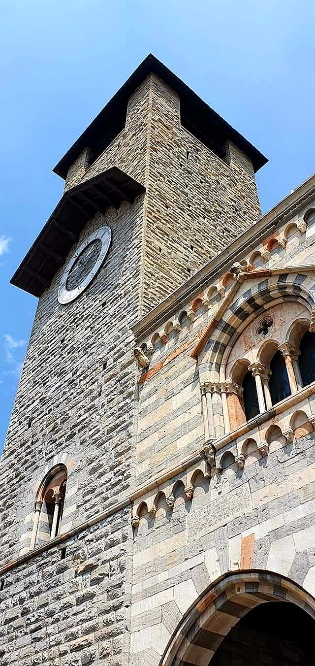 como cathedral clock