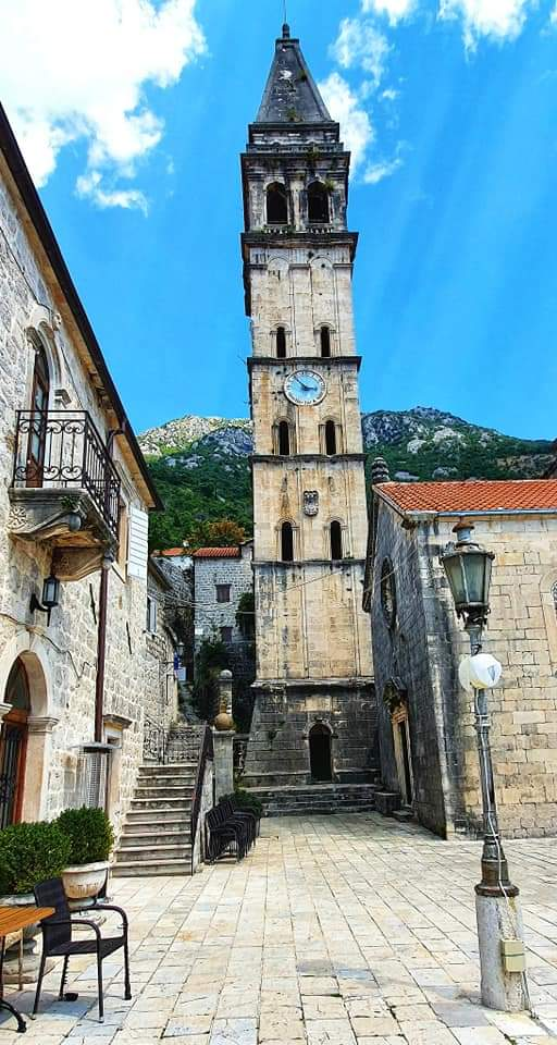 perast clock tower